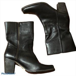 CATERPILLAR CAT black leather dress riding boot